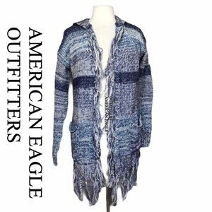 AMERICAN EAGLE OUTFITTERS  fringed hooded cardigan